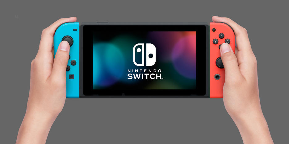 Nintendo Switch Limited Edition + Mario Kart 8 Deluxe