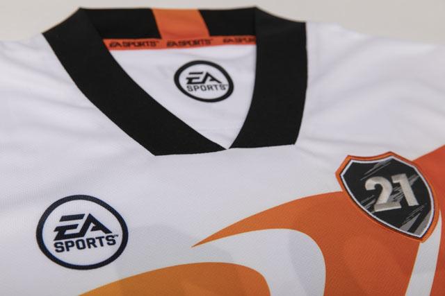 T-shirt Fifa 21 - FUT - Taglia L